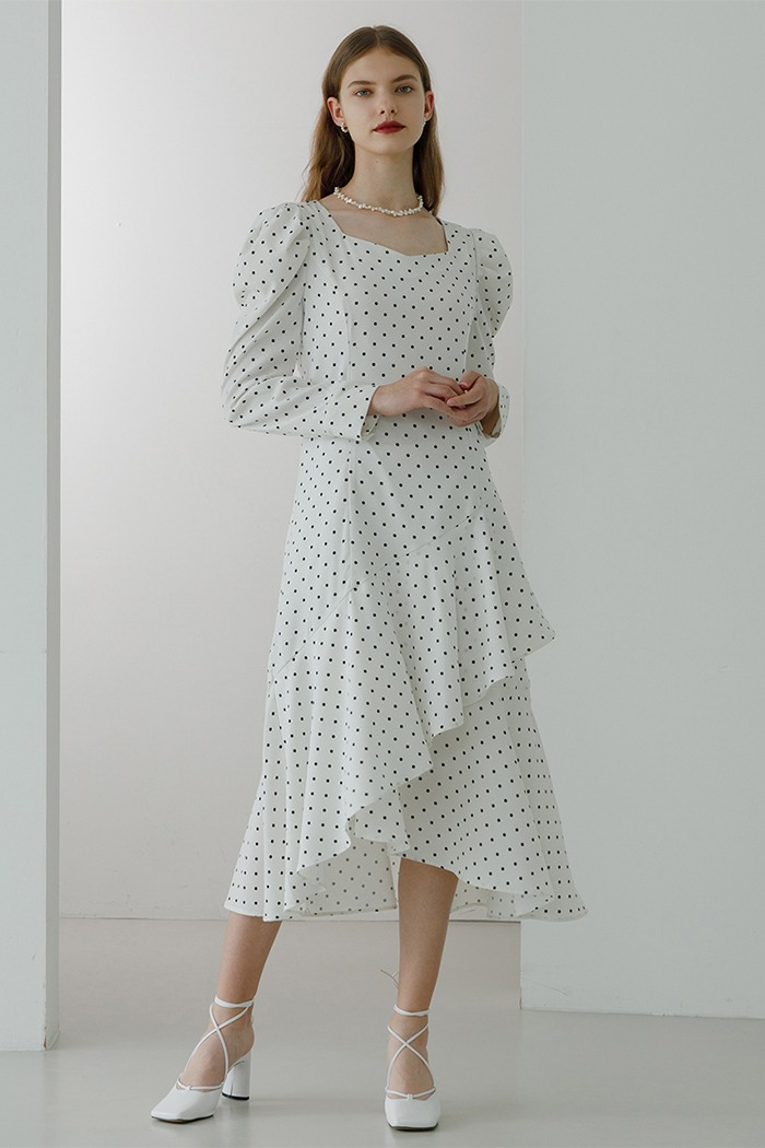 Unbalanced frill dress (white)