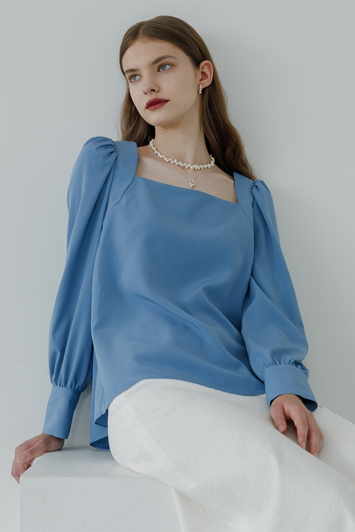 Square neck blouse (blue)